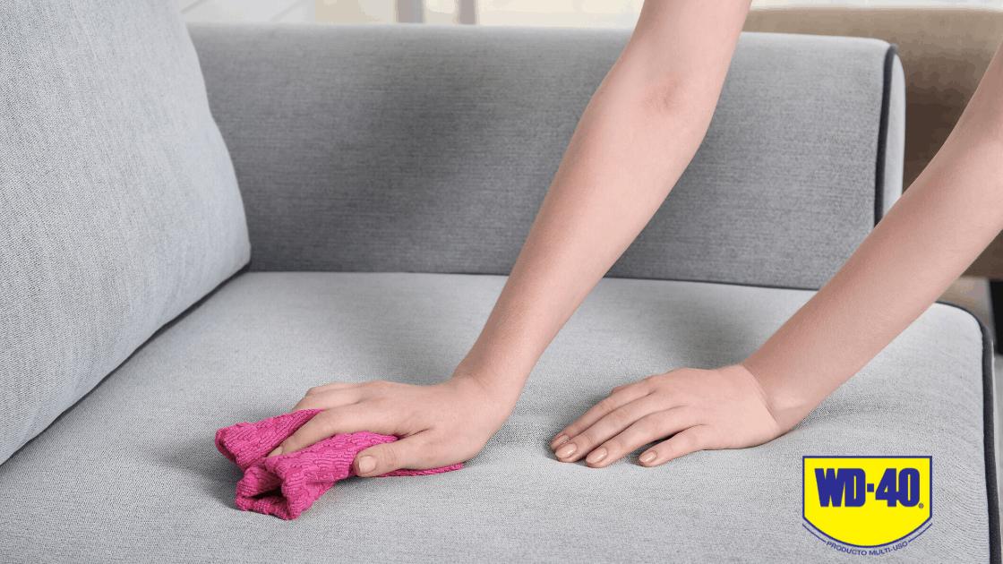 ¿Cómo quitar pegamento de tus muebles o tu ropa?